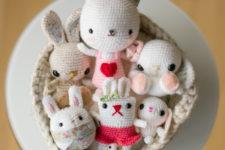 DIY Easter amigurumi bunnies