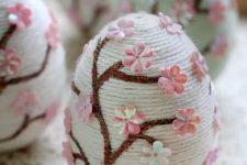 DIY yarn sakura Easter eggs with flowers