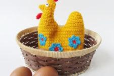 DIY crochet hen egg cozy