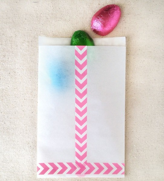 DIY washi tape treat bags for Easter (via maritzalisa.com)