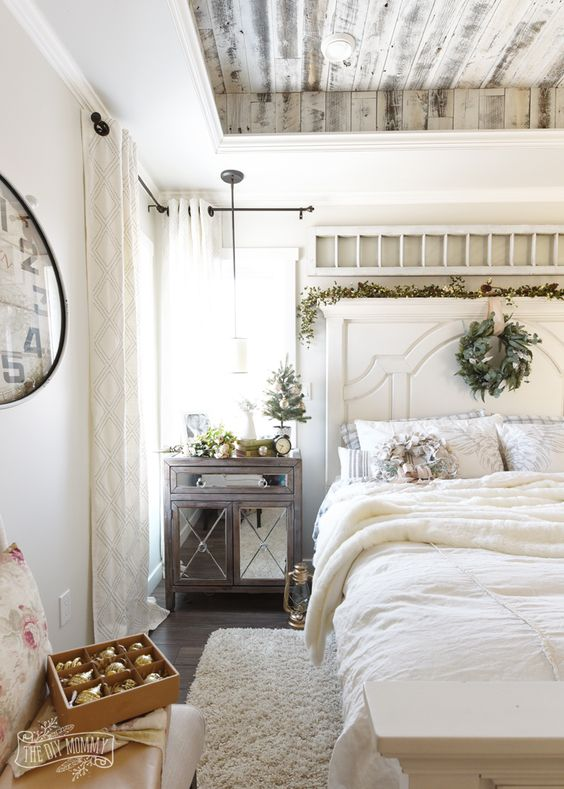 textural whitewashed ceiling and different textiles give this space an eye-catchy look
