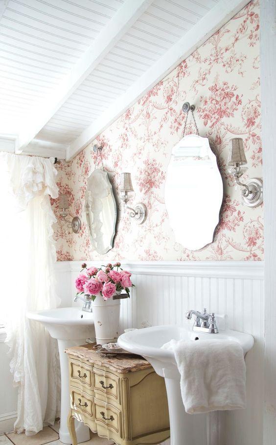 an exquisite buttermilk sideboard between free-standing sinks