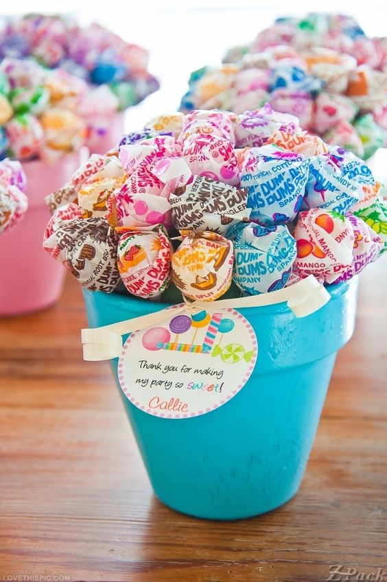 lollipop bouquets in pots are awesome for centerpieces