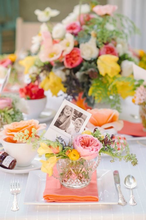 this table setting is infused with very bold flowers, which create a friendly ambience