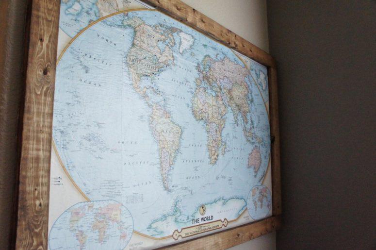 DIY travel map pin board (via www.ourmessytable.com)