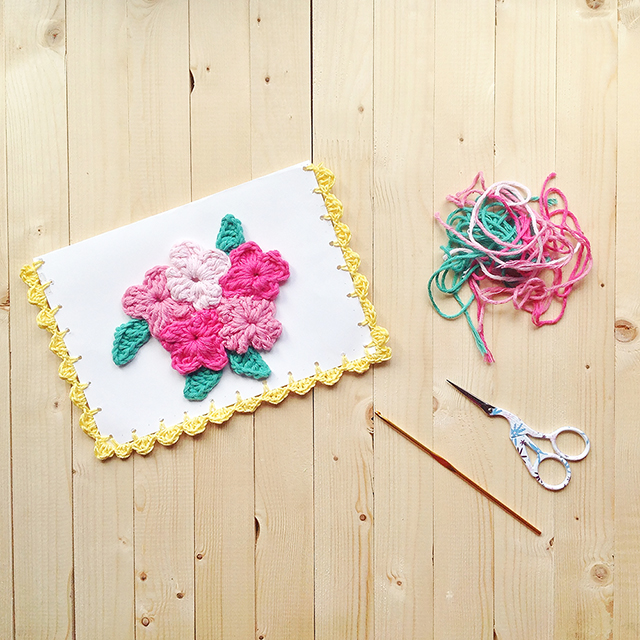 DIY Mother's Day card with crocheted flowers and leaves (via www.littlethingsblogged.com)