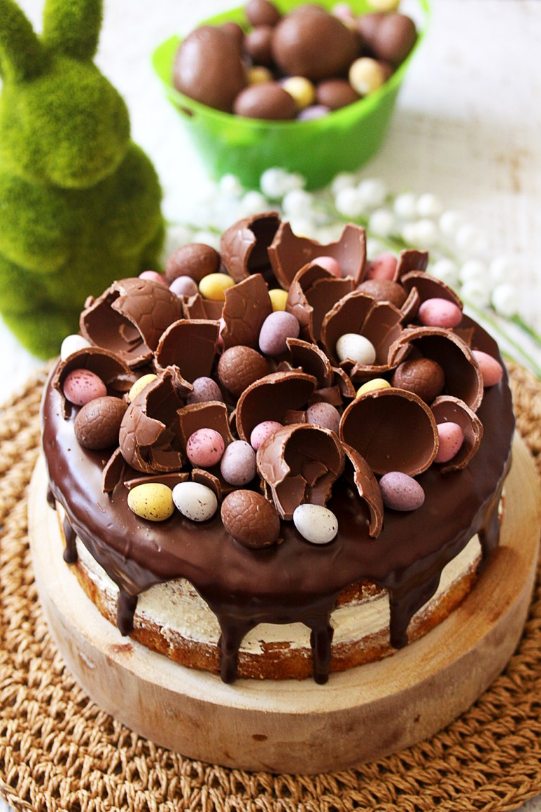 DIY hazelnut Easter cake (via www.sugarsaltmagic.com)