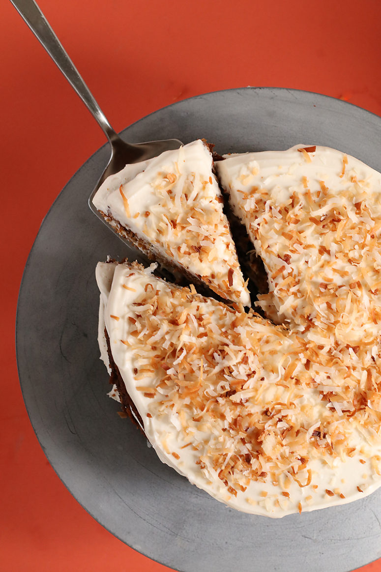 DIY vegan gluten-free carrot cake (via www.mydarlingvegan.com)