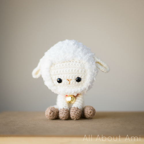 DIY amigurumi little sheep (via www.allaboutami.com)