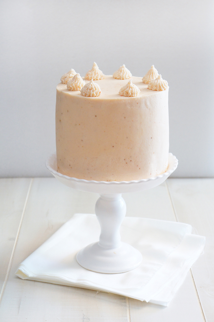 DIY strawberry milkshake cake (via www.sugaryandbuttery.com)