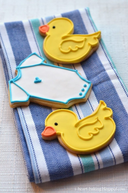 DIY baby shower duckie and onesie cookies (via i-heart-baking.blogspot.ru)