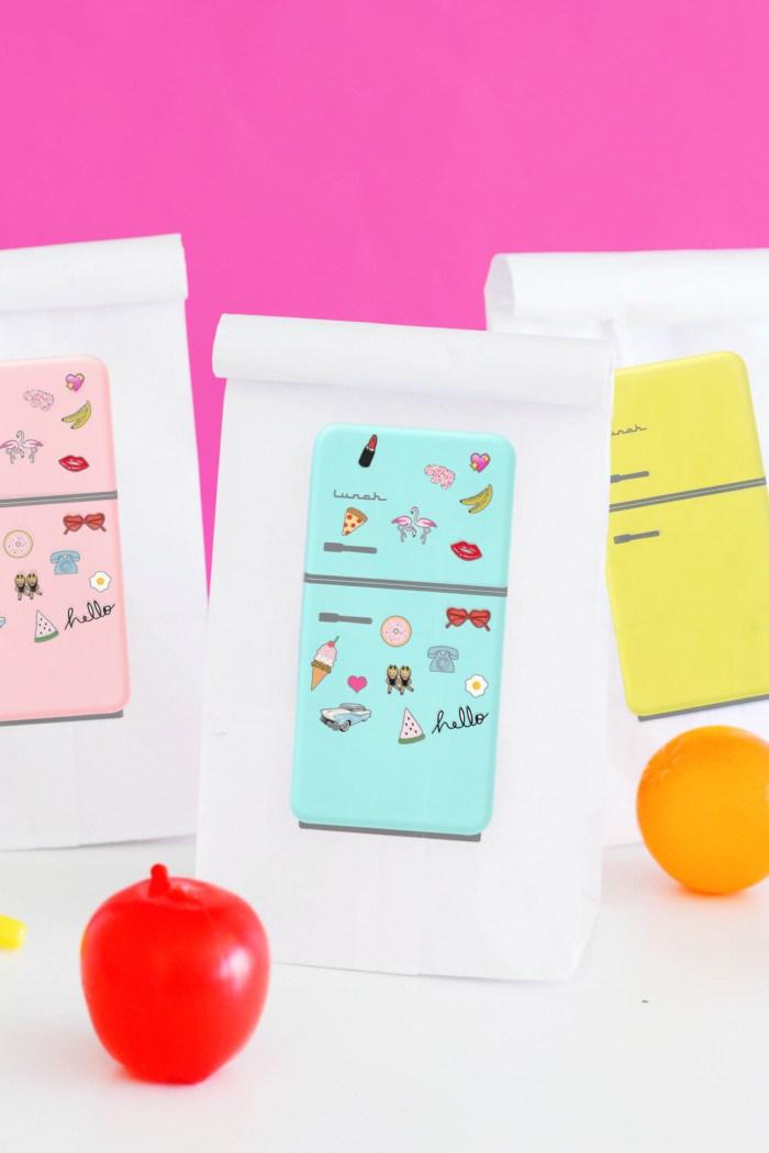 DIY printable lunch bags (via www.ajoyfulriot.com)