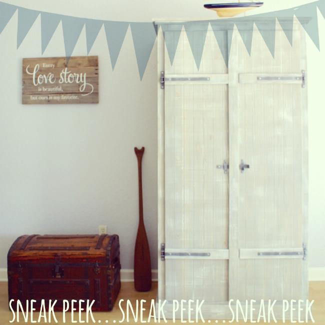 DIY Ikea Fjell wardrobe with pallet shelves (via www.thinkingcloset.com)