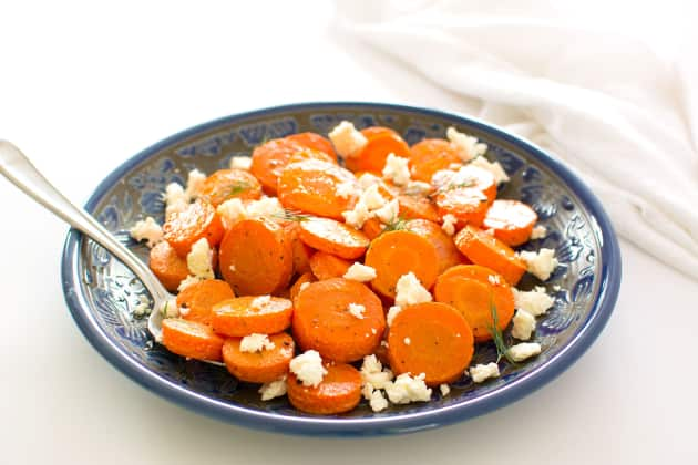DIY roasted carrots with Feta cheese (via https:)