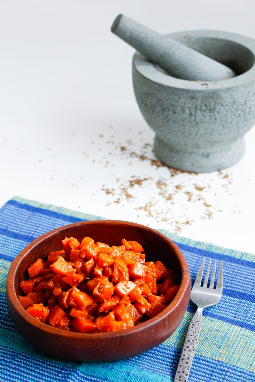 DIY Tunisian carrot salad (via www.tastefullypure.com)