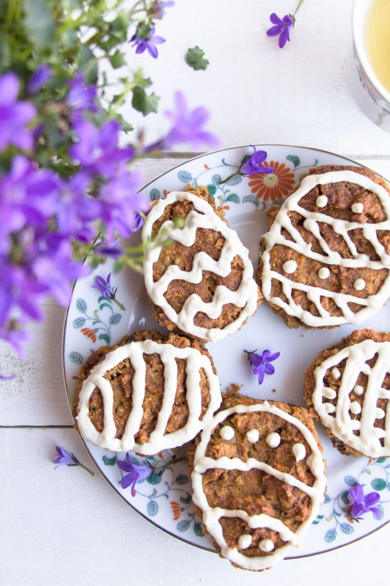 DIY gluten-free Easter egg cookies (via thehappinesskitchen.com)