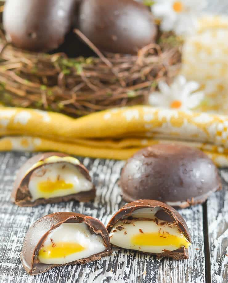 DIY vegan creme eggs (via https:)
