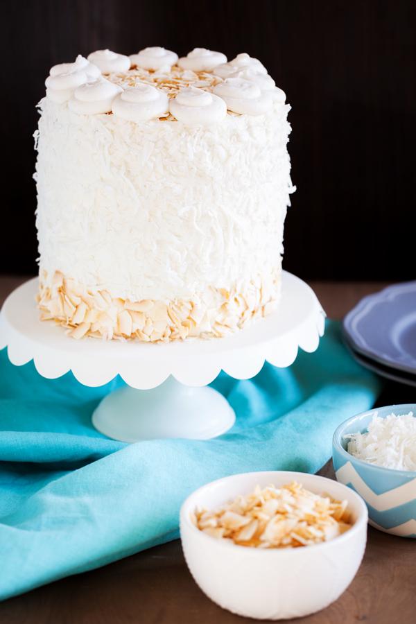 DIY fluffy coconut cake (via www.thepkpway.com)