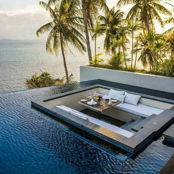A Conversation Pit Sunken In An Infinity Edge Pool Is Really A Unique And  Gorgeous Idea