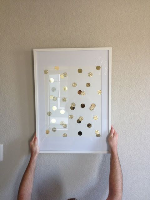 a simple gold and glitter polka dot wall art is easy to craft