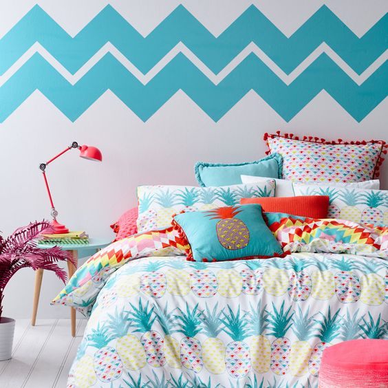 colorful pineapple print bedding set in blues and yellows