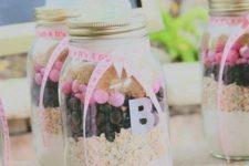 12 DIY pie mix favors looking like baby's bottles