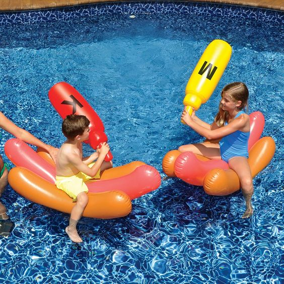 funny hot dog floats with ketchup bottles