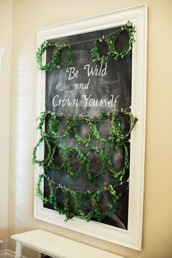 small greenery crowns for every visitor