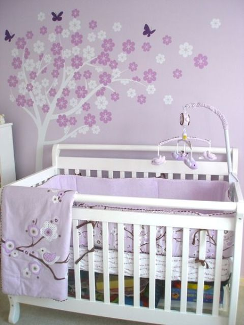 14 lilac and white flower tree painted right on the wall above the bed