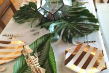 15 geometric plates and a faceted terrarium for a tropical shower