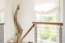 16 a simple piece of driftwood for stairs decor