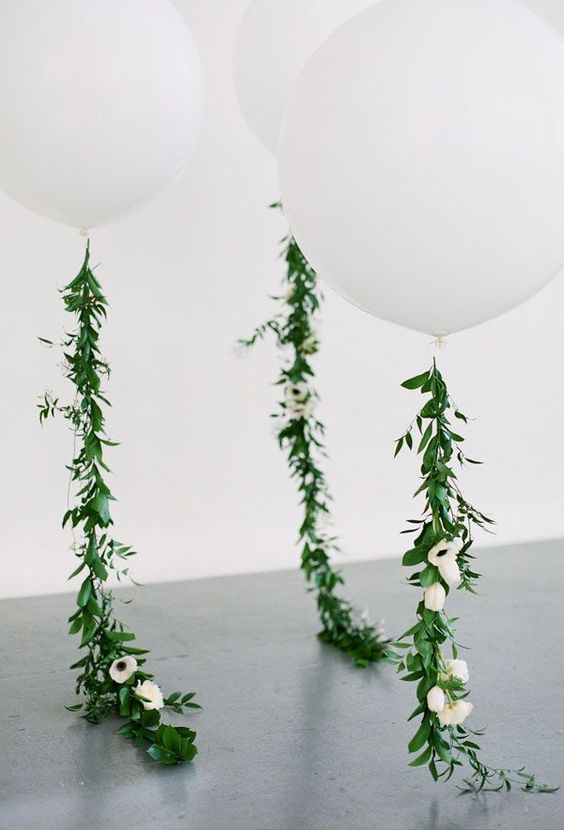greenery balloon threads look gorgeous and very modern