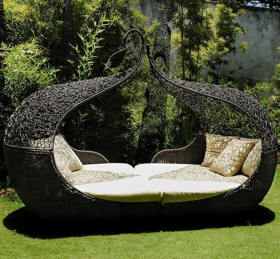 unique wicker daybed may be sufficient as an outddor bedroom