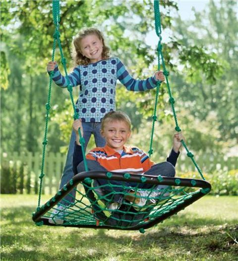 17 Outdoor Swings To Make Your Kids Happy