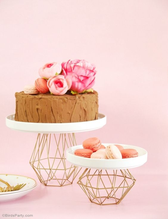 geometric cake and dessert stands look glam and chic