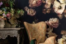 20 moody floral wall in a refined vintage living room