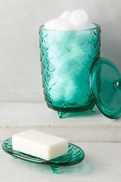 scallop bathroom containers and holders in shades of green