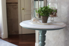 DIY coastal whitewashed and blue pedestal table