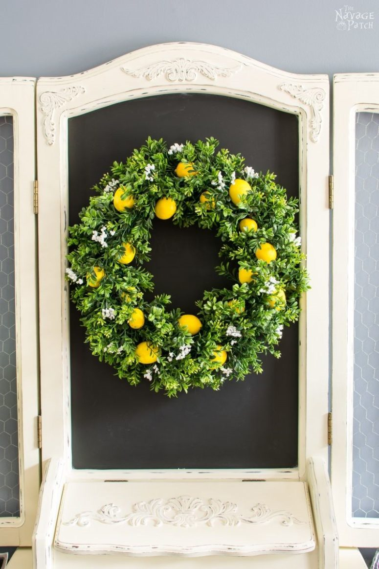 DIY summer lemon wreath with a scent (via www.thenavagepatch.com)