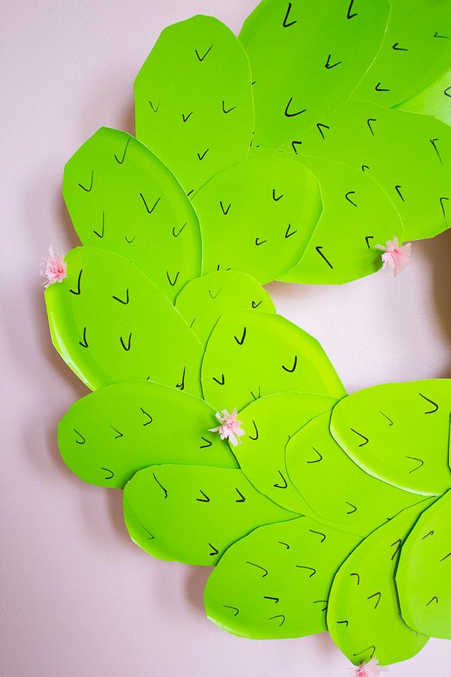 DIY paper cactus wreath (via www.designimprovised.com)