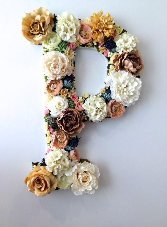 DIY floral monogram (via raddestmom.com)
