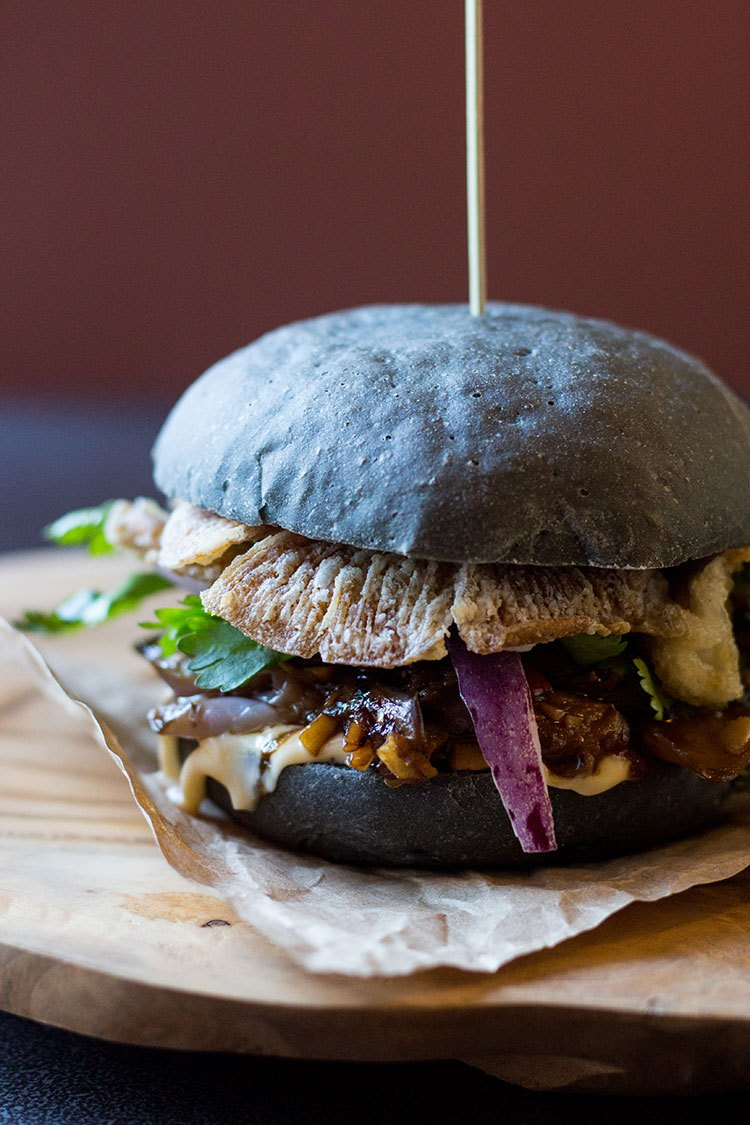 DIY black burger with oysters, mushrooms and an eggplant (via https:)