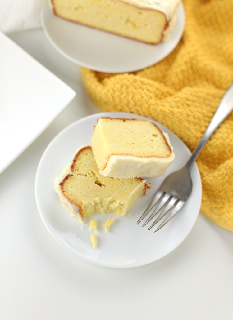DIY low carb keto-friendly gluten free lemon pound cake (via www.seasonlycreations.com)
