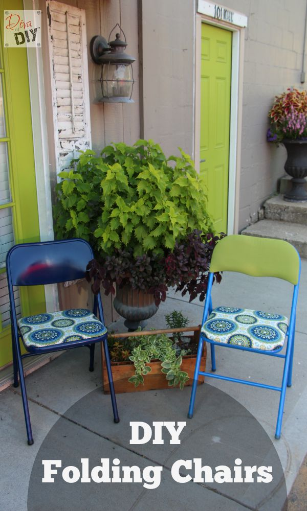 DIY folding chair reupholstering and repainting (via divaofdiy.com)