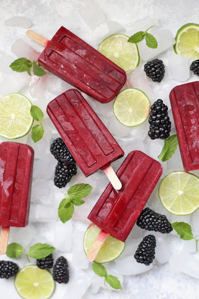 DIY blackberry mojito popsicles (via www.onelovelylife.com)