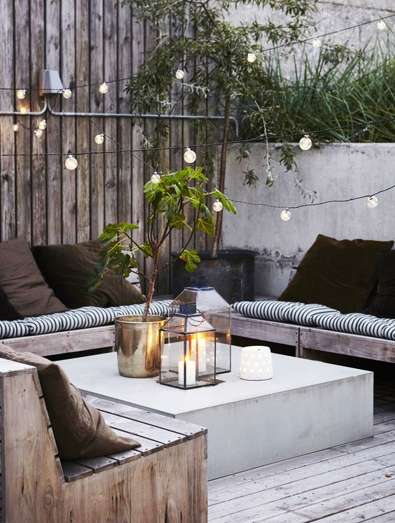 18 comfy and stylish outdoor seating ideas shelterness. Black Bedroom Furniture Sets. Home Design Ideas