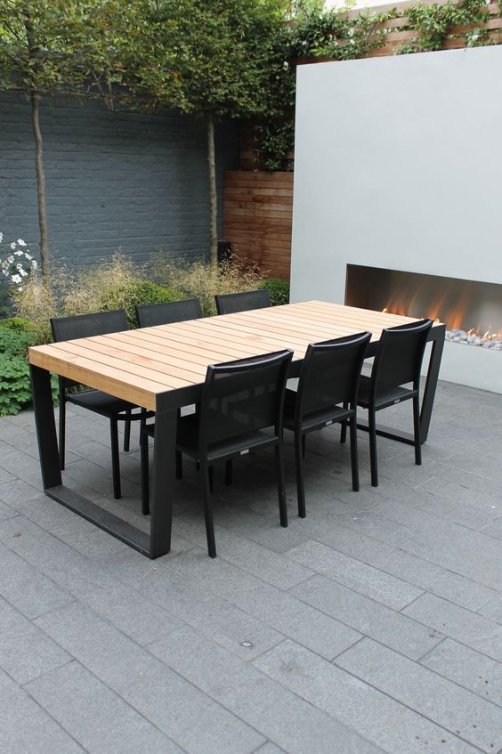 18 modern outdoor dining space furniture ideas shelterness for Outdoor dining sets for small spaces