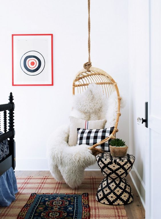 a rattan hanging chair cna be used even for decorating without sitting there