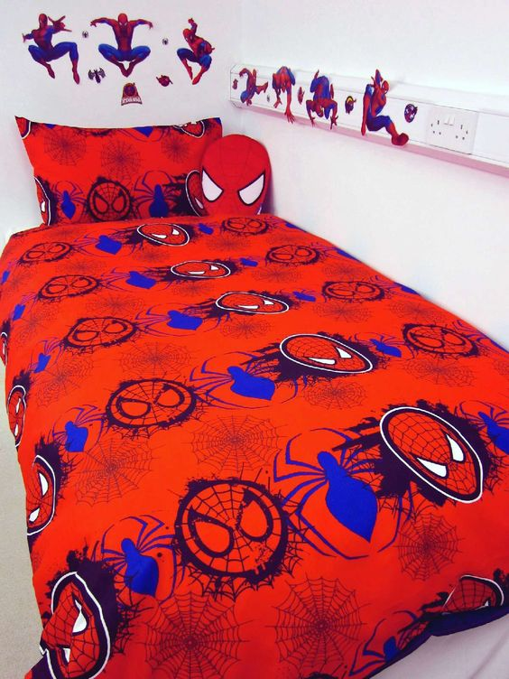 Spiderman wall decals and matching bedding for a little boy's room