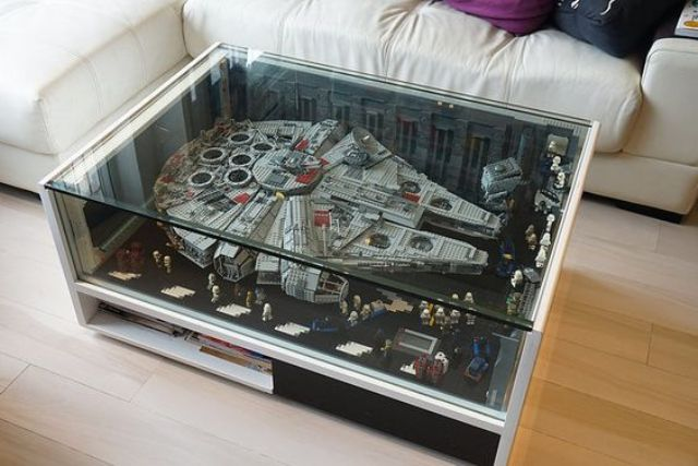 Lego Millenium table inspired by Falcon from the Star Wars